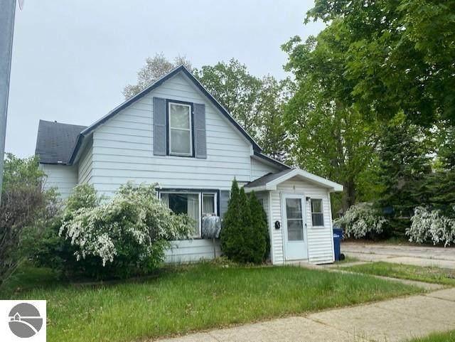 210 E Fourteenth Street, Traverse City, MI 49684 (MLS #1888196) :: Boerma Realty, LLC