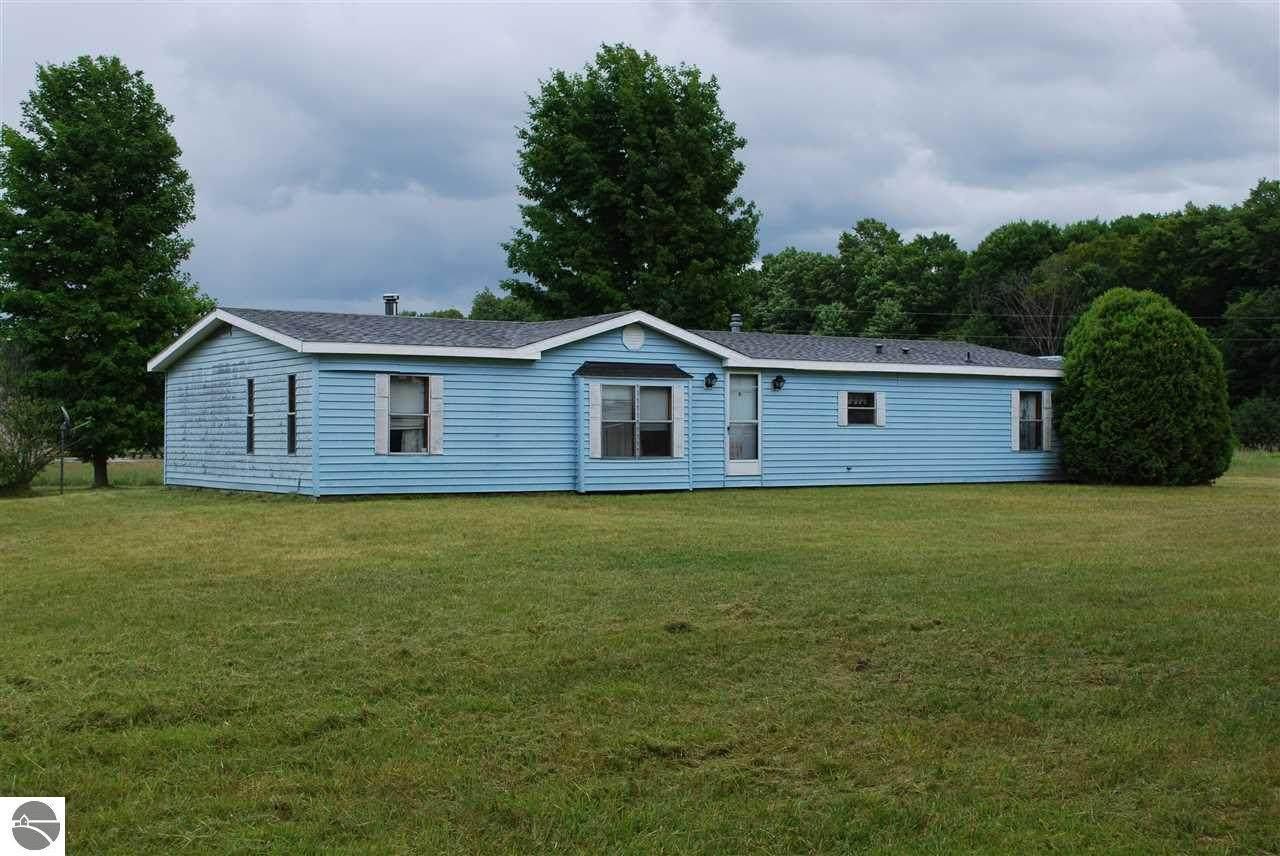 2903 Lake Ann Road - Photo 1