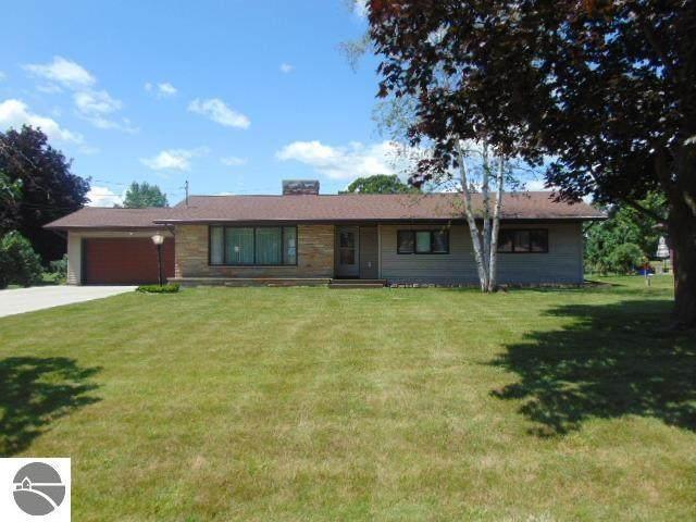 225 Golfside Drive, Alma, MI 48801 (MLS #1890055) :: Boerma Realty, LLC