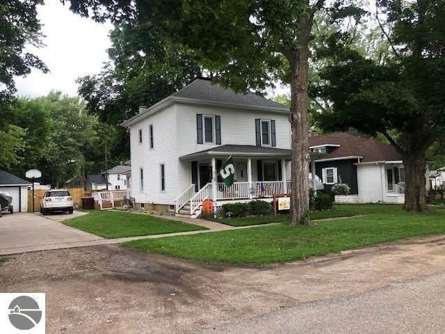 204 W Orchard, Shepherd, MI 48883 (MLS #1890332) :: Boerma Realty, LLC