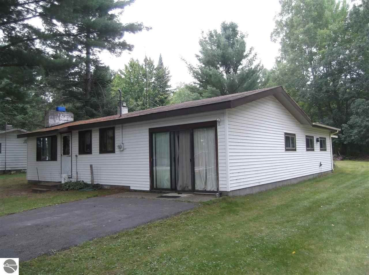 8368 Lakeview Drive - Photo 1