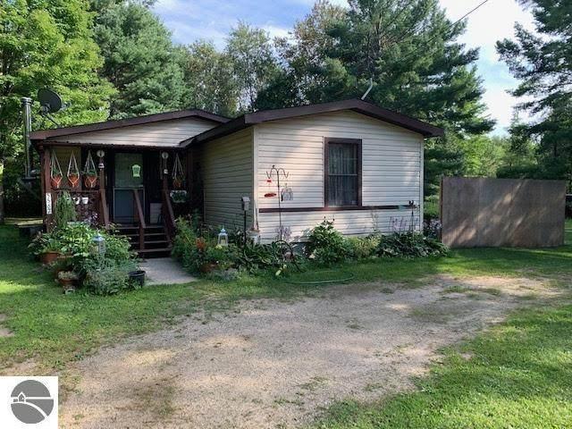 5567 Logging Trail, Sears, MI 49679 (MLS #1891130) :: Boerma Realty, LLC