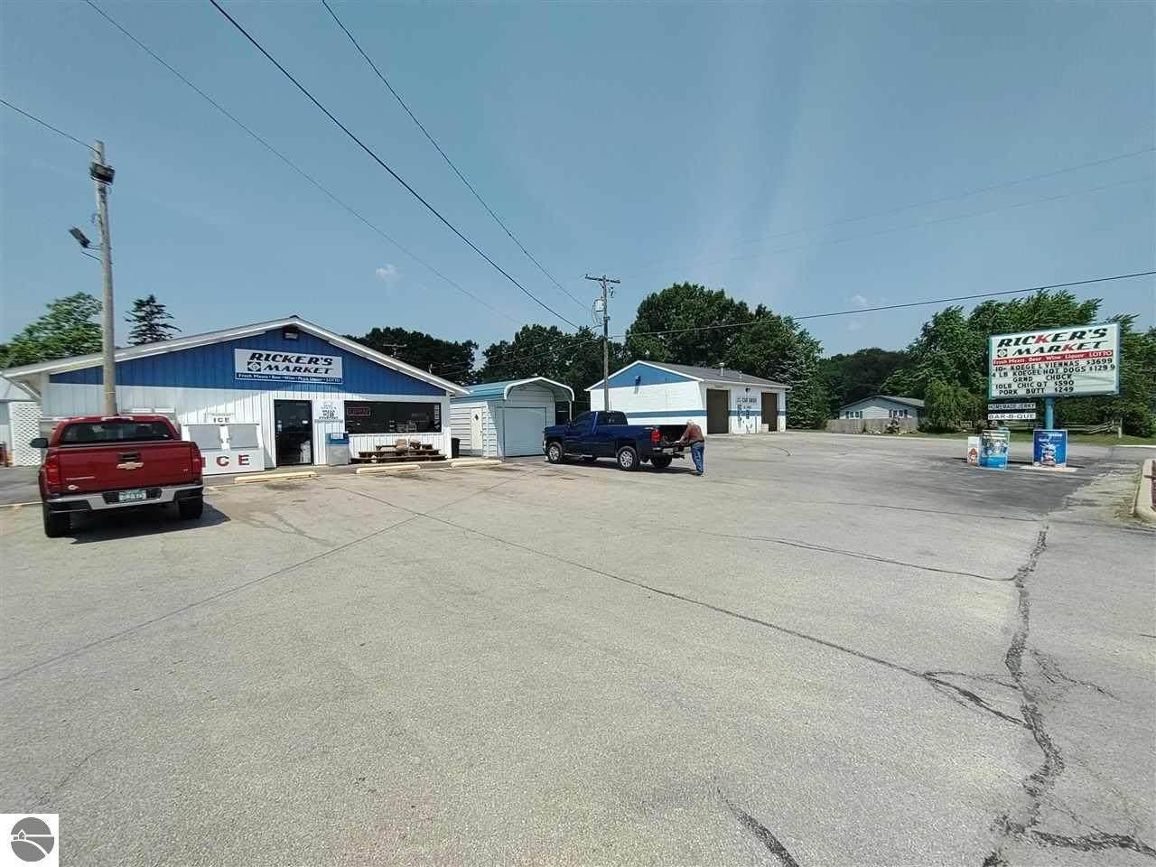 503 Huron Avenue - Photo 1