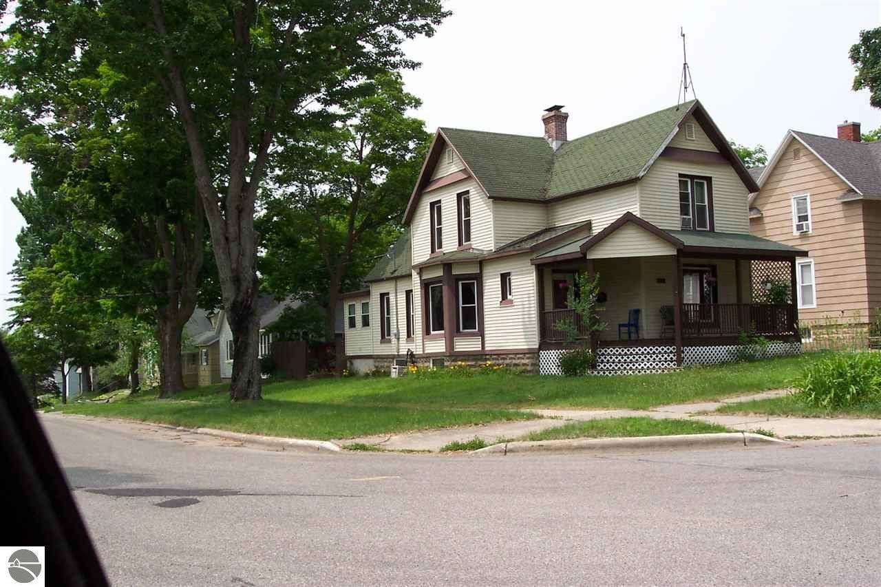 422 Prospect Street - Photo 1