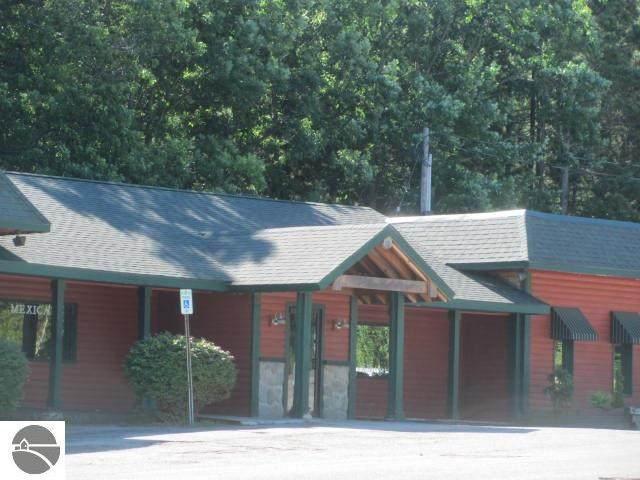 900 Caberfae Highway, Manistee, MI 49660 (MLS #1892452) :: Boerma Realty, LLC