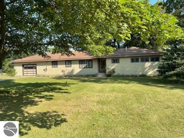 10489 E Pico Drive, Traverse City, MI 49684 (MLS #1892465) :: Boerma Realty, LLC