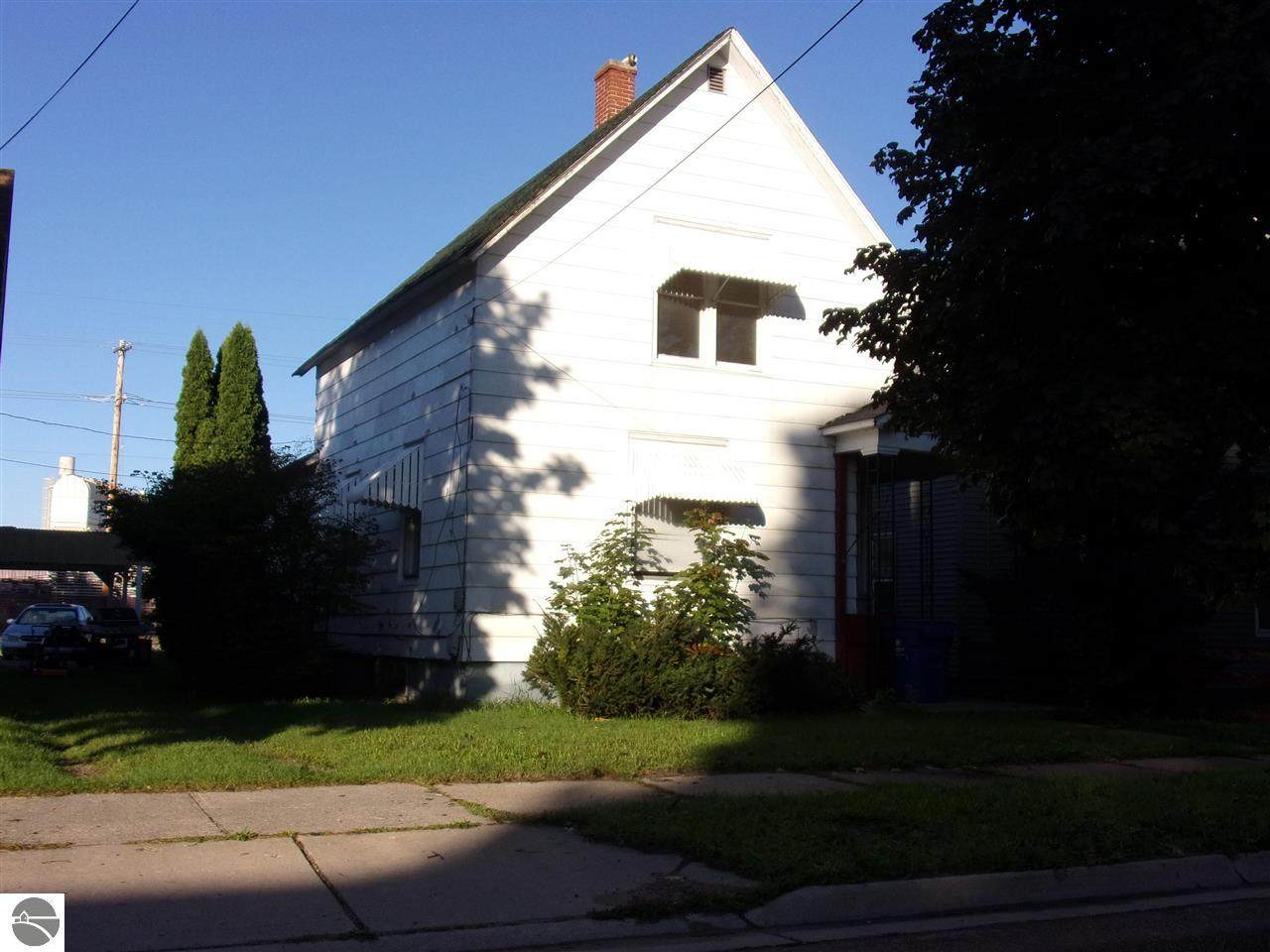 515 Lake Street - Photo 1