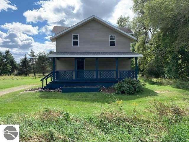 10541 N Townline Road, Lakeview, MI 48850 (MLS #1892836) :: Boerma Realty, LLC