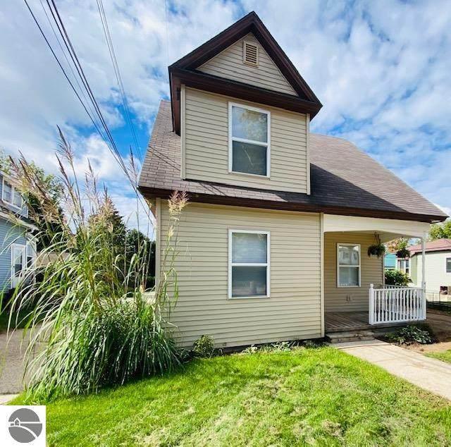 410 S Simons Street, Cadillac, MI 49601 (MLS #1893285) :: Boerma Realty, LLC