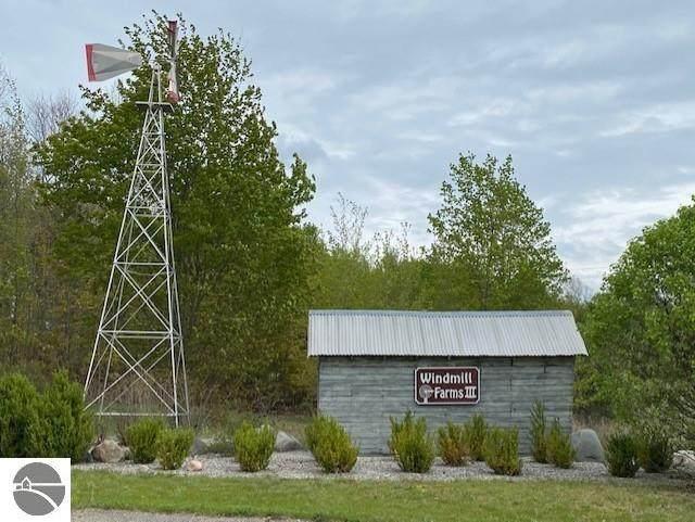 00 Farm Lane, Traverse City, MI 49686 (MLS #1894372) :: Boerma Realty, LLC