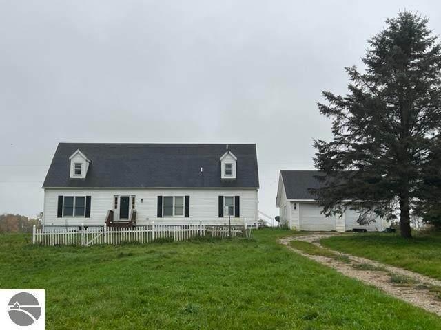10435 17 Mile Road, Evart, MI 49631 (MLS #1894393) :: Boerma Realty, LLC