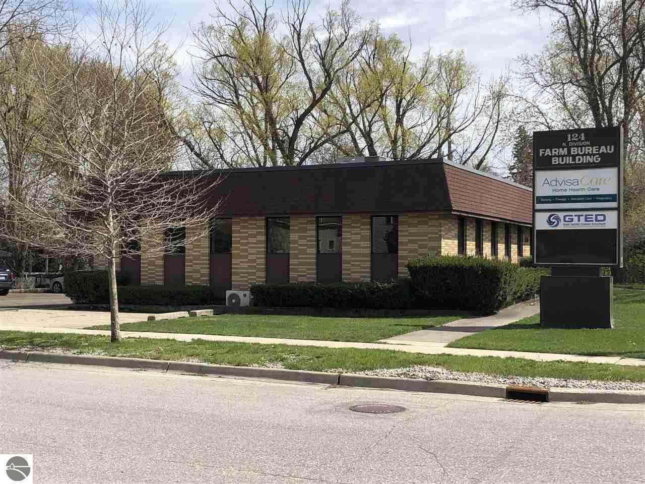 124 Division Street - Photo 1