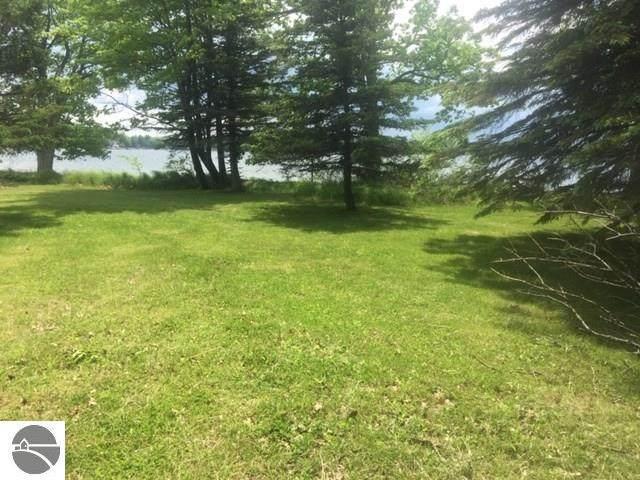 OOOO North Shore Drive, Lake, MI 48632 (MLS #1875050) :: CENTURY 21 Northland