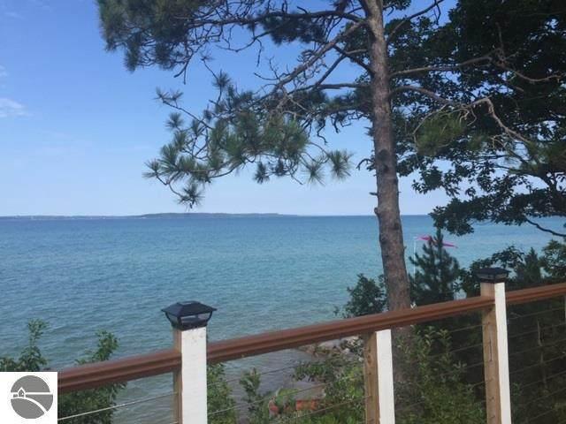 6964 W Harbor Drive, Elk Rapids, MI 49629 (MLS #1879103) :: Michigan LifeStyle Homes Group