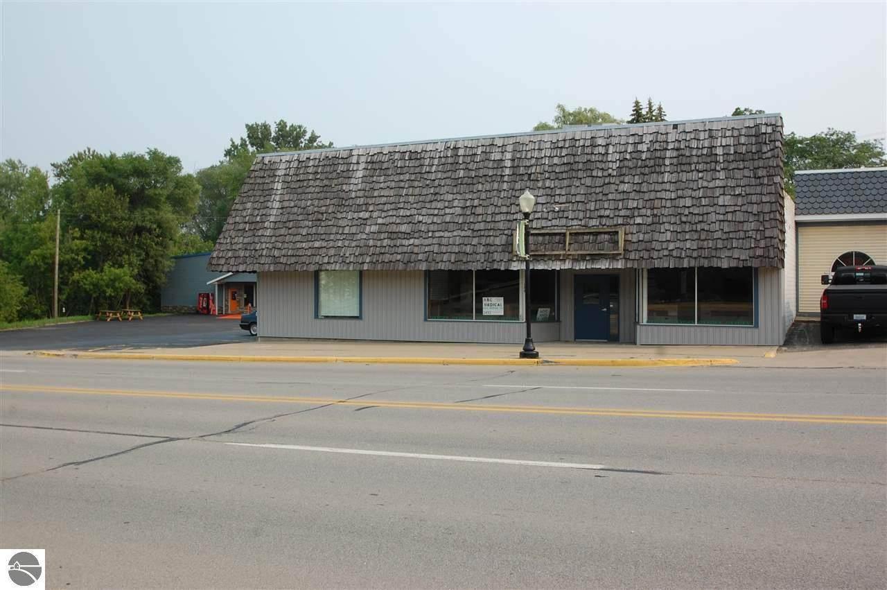 122 Houghton Avenue - Photo 1