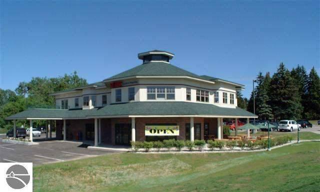 12930 S W Bay Shore Drive, Traverse City, MI 49684 (MLS #1871145) :: Team Dakoske | RE/MAX Bayshore