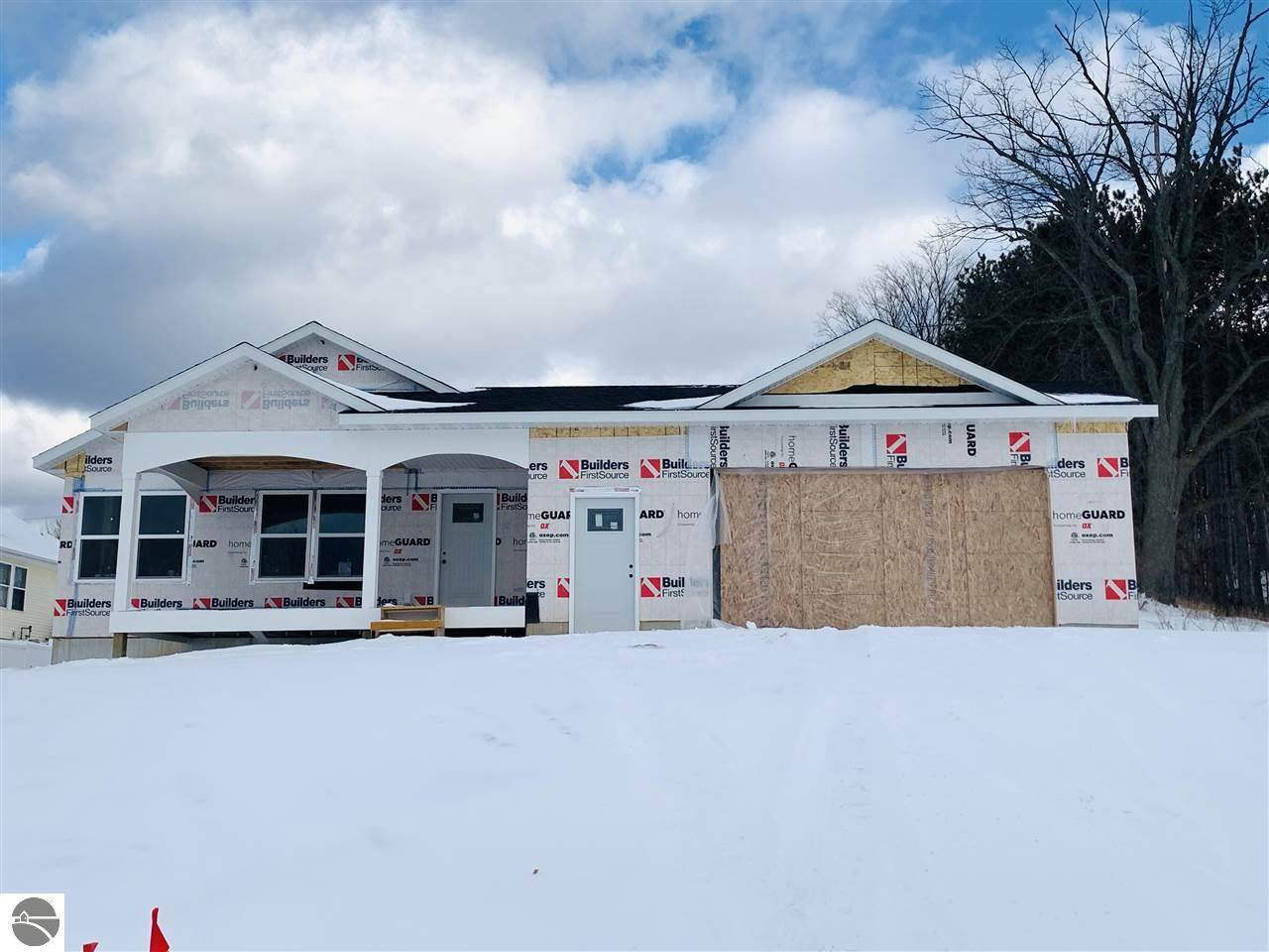 3324 Colonial Drive - Photo 1