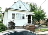 114 Lincoln Place - Photo 1