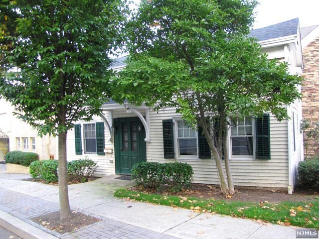 788 Kinderkamack Rd, River Edge, NJ 07661 (#1723411) :: RE/MAX Properties