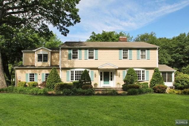 381 Atwood Pl, Wyckoff, NJ 07481 (#1724001) :: RE/MAX Properties