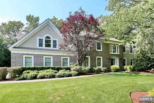 366 Sturbridge Rd, Wyckoff, NJ 07481 (#1724436) :: RE/MAX Properties