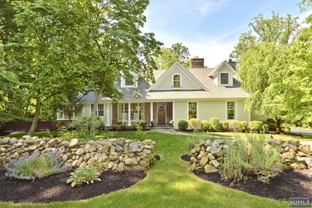52 Hampshire Hill Rd, Upper Saddle River, NJ 07458 (MLS #1724717) :: William Raveis Baer & McIntosh