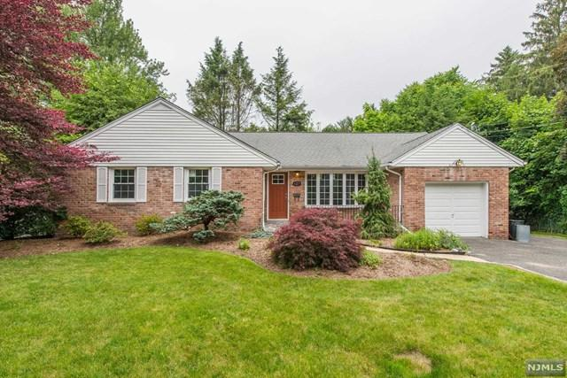 127 Cedar Ln, Closter, NJ 07624 (MLS #1725128) :: William Raveis Baer & McIntosh