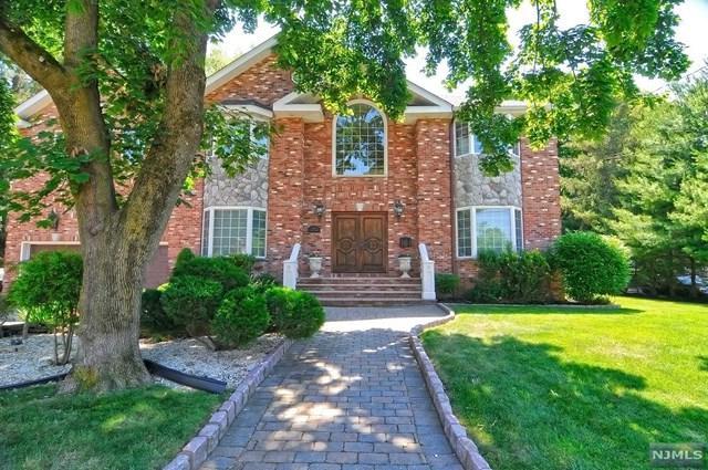 49 Ross Ave, Demarest, NJ 07627 (MLS #1725255) :: William Raveis Baer & McIntosh