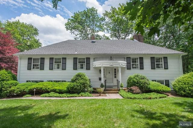 390 W Shore Dr, Wyckoff, NJ 07481 (#1725264) :: RE/MAX Properties