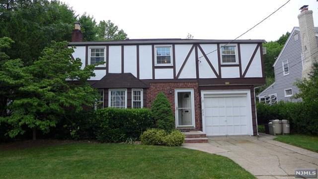 473 The Fenway, River Edge, NJ 07661 (#1725334) :: RE/MAX Properties