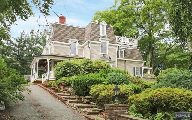6 Heritage Ct, Demarest, NJ 07627 (MLS #1725707) :: William Raveis Baer & McIntosh