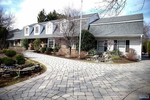 7 Clarkson Ct, Paramus, NJ 07652 (#1725830) :: RE/MAX Properties
