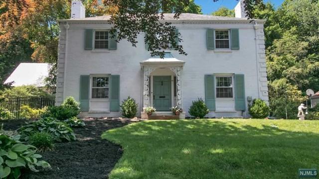 30 N Hillside Pl, Ridgewood, NJ 07450 (#1725933) :: RE/MAX Properties