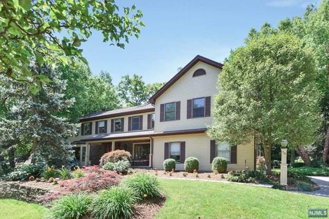70 Cobblestone Xing, Norwood, NJ 07648 (MLS #1725980) :: William Raveis Baer & McIntosh