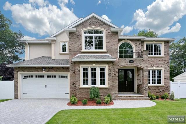 282 Herbert Pl, Paramus, NJ 07652 (#1725984) :: RE/MAX Properties