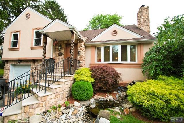 255 Van Emburgh Ave, Ridgewood, NJ 07450 (#1725991) :: RE/MAX Properties