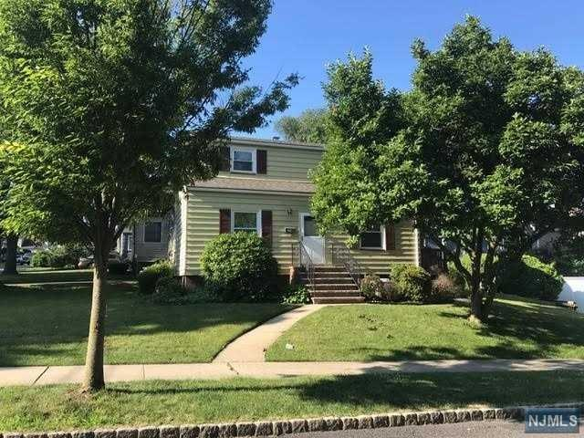 225 Grant Ave, Dumont, NJ 07628 (MLS #1726440) :: William Raveis Baer & McIntosh
