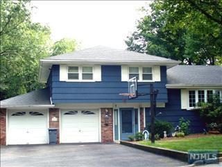 414 Paulding Ave, Northvale, NJ 07647 (MLS #1731230) :: William Raveis Baer & McIntosh