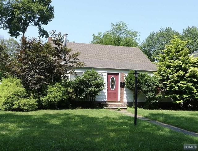 40 Pine St, Closter, NJ 07624 (#1731914) :: Group BK