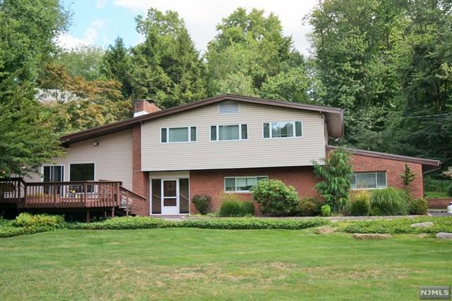 214 Piermont Rd, Norwood, NJ 07648 (MLS #1732036) :: William Raveis Baer & McIntosh