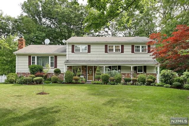118 Ullman Ave, Wyckoff, NJ 07481 (#1733432) :: RE/MAX Properties