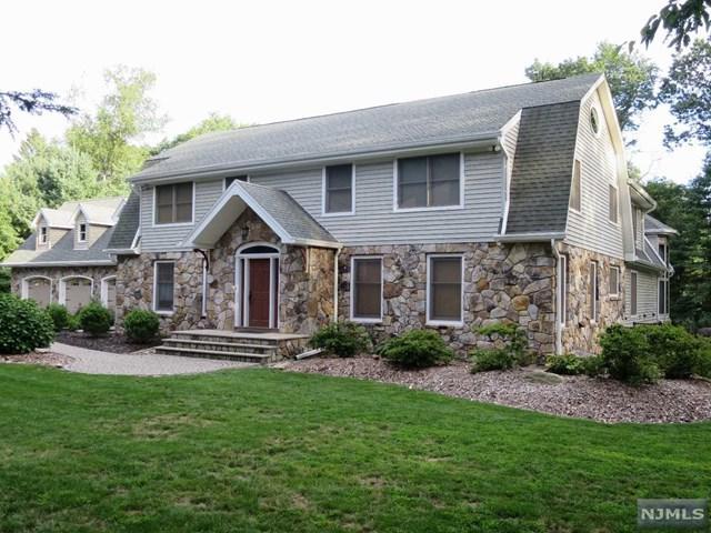 20 Sherwood Ln, Wyckoff, NJ 07481 (#1733673) :: RE/MAX Properties