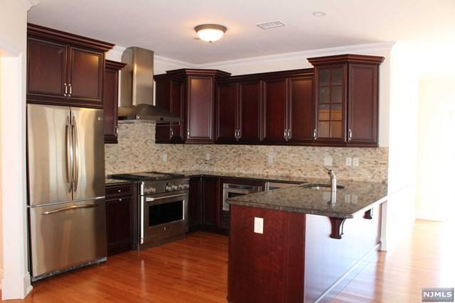 1302 Rio Vista Ln, Northvale, NJ 07647 (MLS #1734163) :: William Raveis Baer & McIntosh