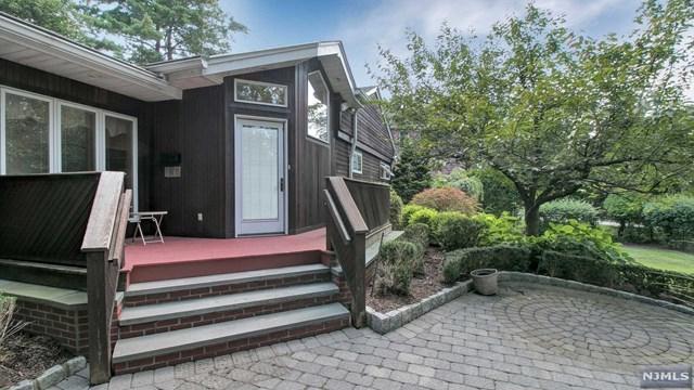 423 N Woodland St, Englewood, NJ 07631 (#1734220) :: RE/MAX Properties