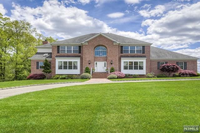 5 Barmore Ct, Montville Township, NJ 07045 (MLS #1734320) :: William Raveis Baer & McIntosh