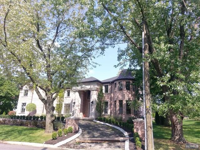 7 Roberts Rd, Englewood Cliffs, NJ 07632 (MLS #1735447) :: William Raveis Baer & McIntosh