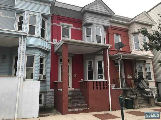 20 1/2 Kearny Ave, Kearny, NJ 07032 (MLS #1735475) :: The DeVoe Group