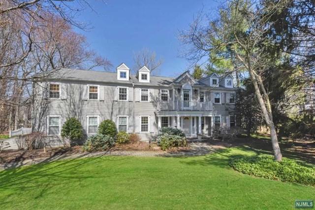 9 Village Ct, Demarest, NJ 07627 (MLS #1735640) :: William Raveis Baer & McIntosh