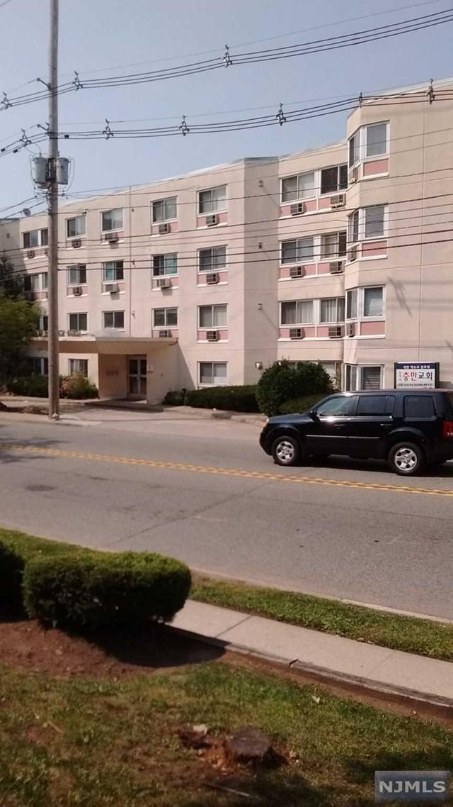 333 Grand Ave 1R, Palisades Park, NJ 07650 (MLS #1736013) :: William Raveis Baer & McIntosh