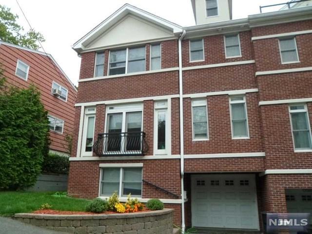 7 Casta Ln A, Edgewater, NJ 07020 (MLS #1737931) :: William Raveis Baer & McIntosh